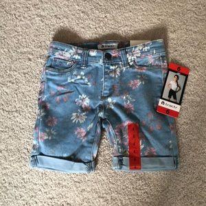 Soft jean shorts...